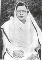 mahadevi varma in hindi Mahadevi verma (26 march 1907 – 11 september 1987), also spelled mahadevi varma in her english collections, was best known as an outstanding hindi poet, and was a freedom fighter, woman's activist and educationist from india.